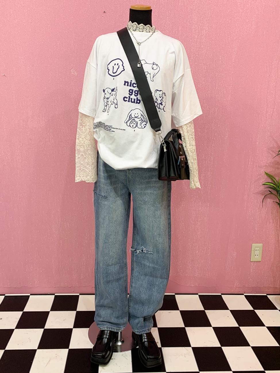 ゆるっとラフな韓国の女の子コーデ
